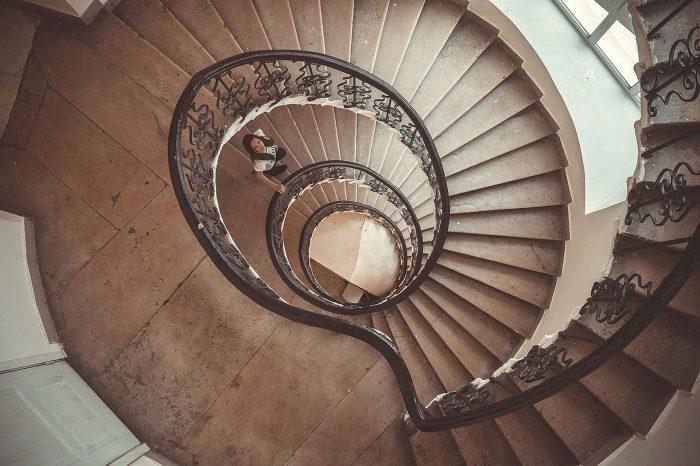 Фото с винтовой лестницей