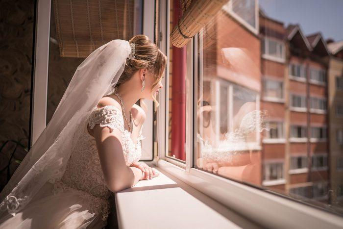 Фотография невесты в ожидании жениха