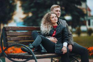 love-story на лавочке